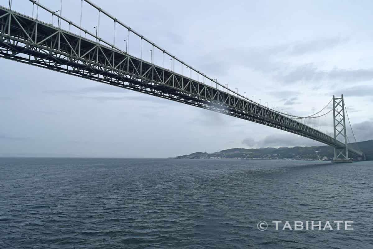 小豆島ジャンボフェリーから見る明石海峡大橋