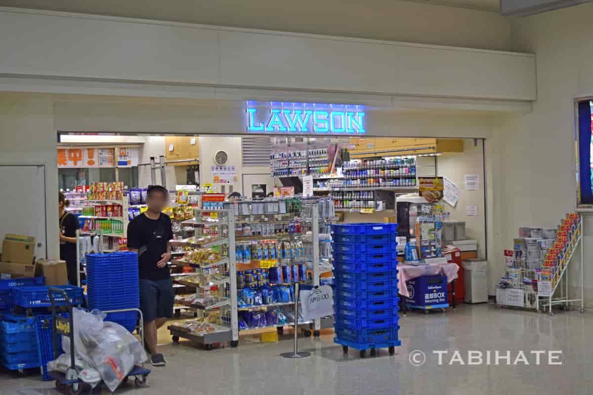 那覇空港内のコンビニ