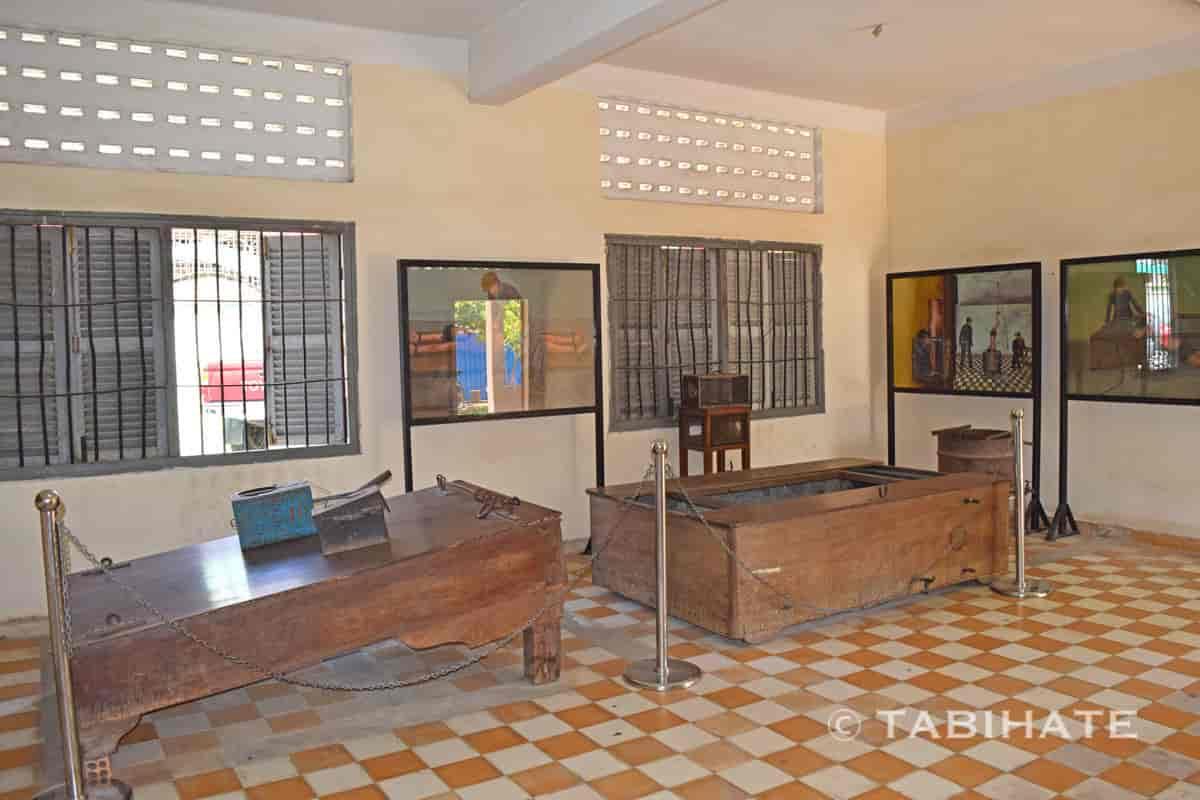 トゥール・スレン博物館の拷問器具